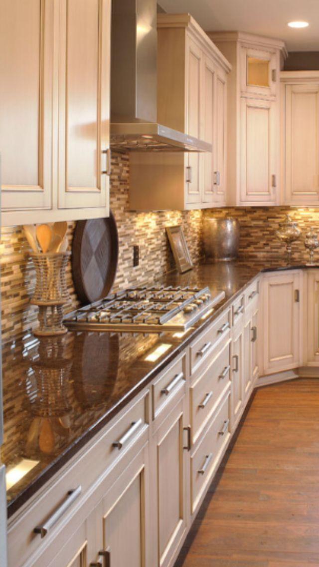 Cream Cabinets Kitchen White Baseboard No Crown