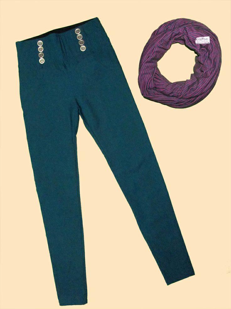 Pantalon con botones disponible en todas las tallas y colores, silueta ajustada!