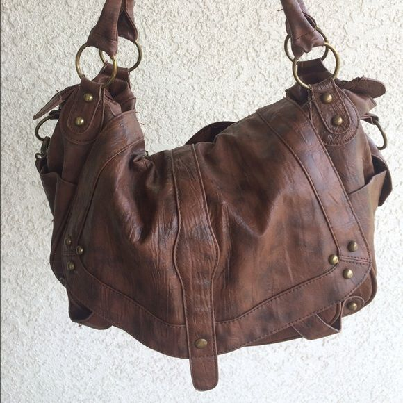Brown Purse Brown cross body or over the shoulder bag that you can wear with almost anything! Bags
