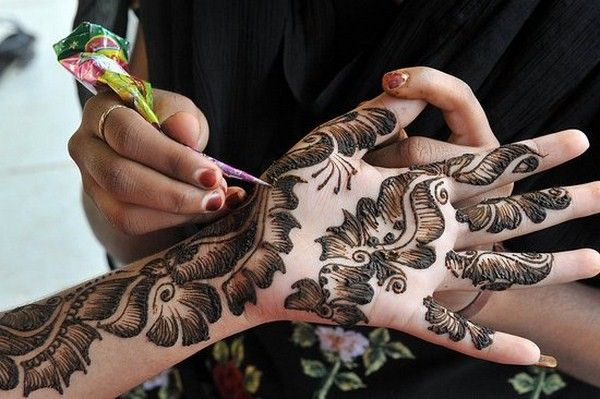 Bridal Henna Designs for Hands and Feet 2