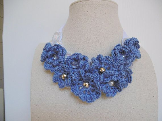 nuovo di zecca c0493 e4a9b Flowers necklace, blue crocheted choker, unique creation made with ...
