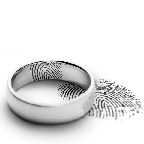 Wedding rings - Engravings | Meisterschmuck.com  I wish this was possible in Bulgaria as well...
