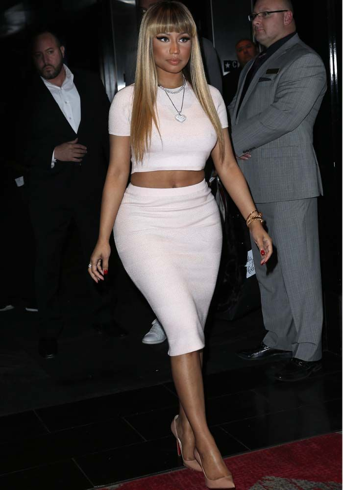 Newly Blond Nicki Minaj Counts Down to 2016 With Exclusive Las Vegas Performance in Christian Louboutin 'So Kate' Pumps