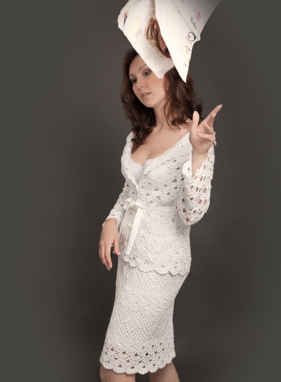 White exclusive crochet two-piece suit (jacket&skirt)