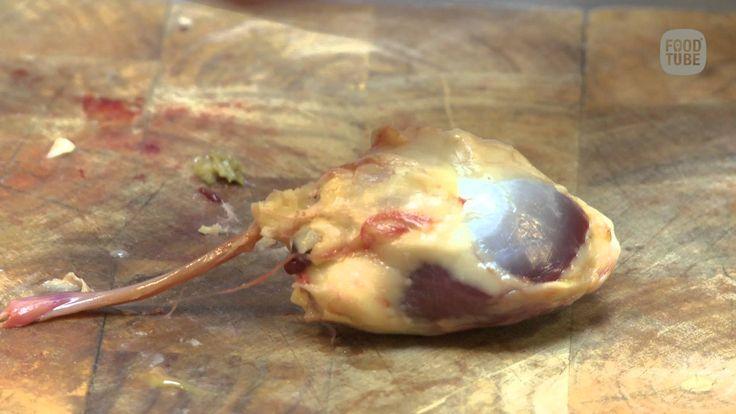 Wat maak je van het hart, de maag en de lever van een eend?
