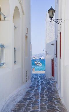 улочка остров Санторини Греция
