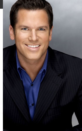 Thomas Roberts----- While last night's Miss Universe telecast did not, unfortunately, provide an opportunity for host Thomas Roberts to make any kind of statement about Russia's anti-gay laws from the stage, he did take a moment to do so on the red carpet. Roberts