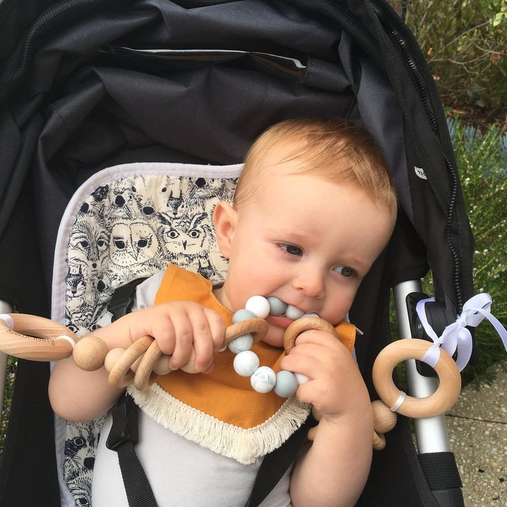 Modern Monty is the home of theORIGINAL Teether Pram Garland. A Pram toy to keep your babe busy and their gums soothed as you stroll.