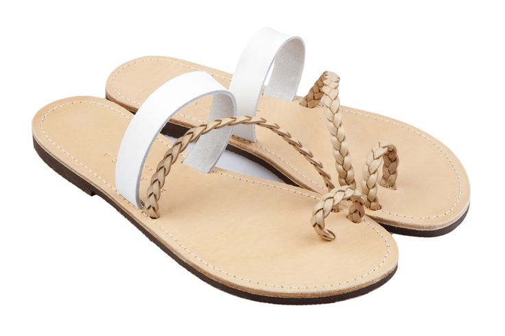 Isapera sandals : Peonia in White