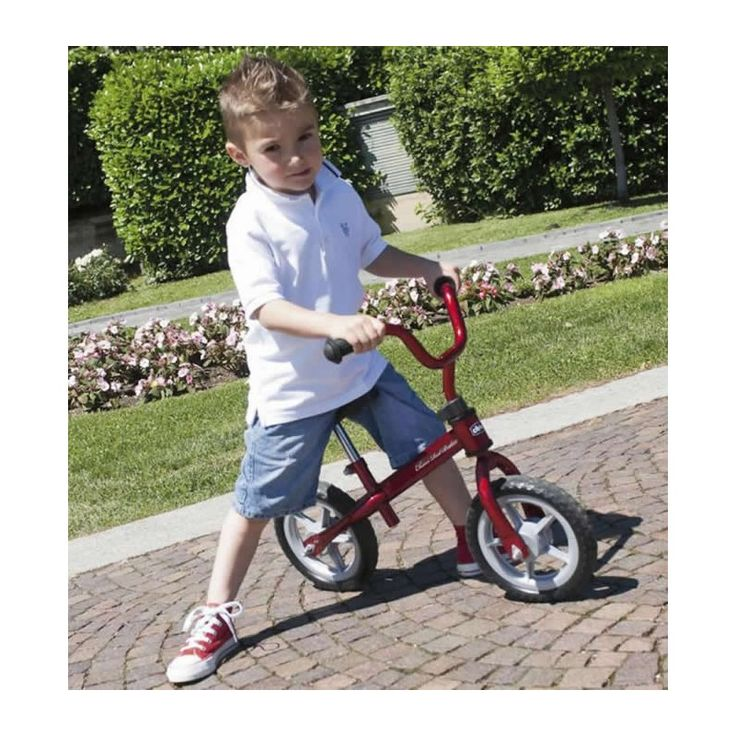 Chicco Red Bullet Balance Bike-Red (12+ Months)  Description: Get your child start practising their bike-riding skills with the Chicco Red Bullet. Featuring an ultra light metal frame, the Red Bullet will help your childdevelop the balance they need to start riding a first bike. You can also adjust the height of the saddle and handlebars. The...   http://simplybaby.org.uk/chicco-red-bullet-balance-bike-red-12-months/