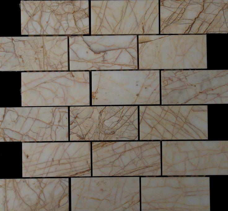 Mozaika marmurowa -  Kolekcja: Brico 510; Kod: B51010; Wykończenie: POLER; Materiał: Golden Spider; Wym. Kostki: 5,0x10 cm; Wym. Plastra: 33,5x31,1 cm