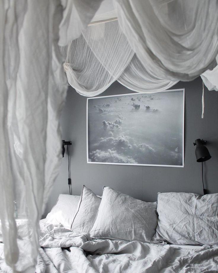 Dyker ner här ☁️ Sov gott! _______________________________________________________ #bed #bedroom #sovrumsinspo #sovrum #sova #godnatt #goodnight #baldachin #sänghimmel #artilleriet #bohem #bohemianhome #bohemianinterior #home #mitthem #finahem #myhome #interior4all #interior #interiordesign #interiordetails #hmhome #interiorinspiration #inredning #sovrumsinredning #lekiosk #lekioskshop #asafotoinspo
