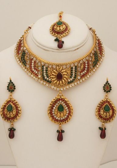 Semibridal necklace set with clear ,emerald and red stones-08SMBR106 http://www.craftandjewel.com/servlet/the-1638/Semibridal-necklace-set-with/Detail