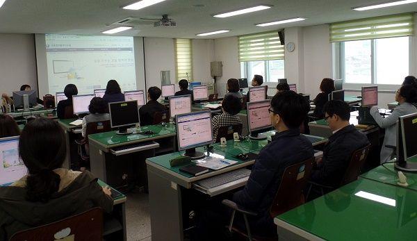강진교육지원청, 직원 역량 강화 및 학교 업무경감 기대