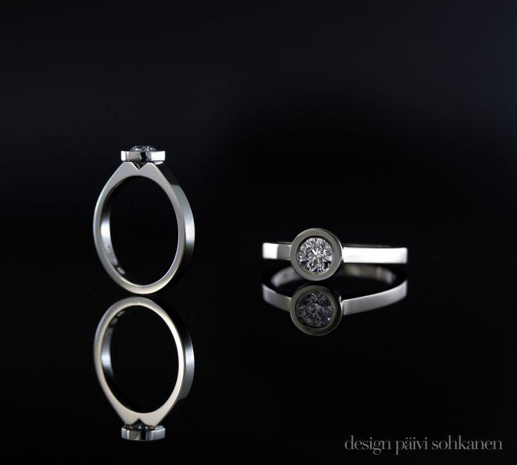 Diamond ring, white gold 750, Design Päivi Sohkanen www.paivisohkanen.fi