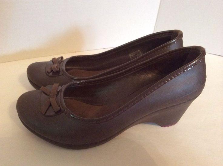 Crocs Flats 6 Lili Womens Black Bows Cute ballet dressy #Crocs #BalletFlats  | The pick of the closet, Womens clothes to love | Pinterest | Crocs, ...