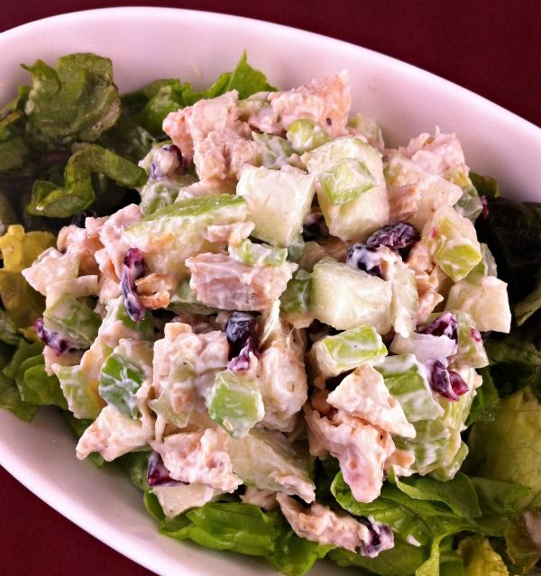 This recipe for Chicken Apple Salad is full of delicious crunch. Photograph, nutritional information and Weight Watchers Points included.