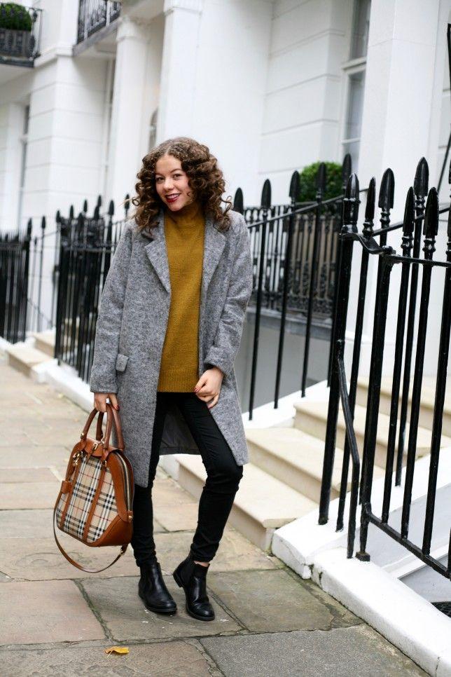 The London Look, Burberry bag in Kensington, style