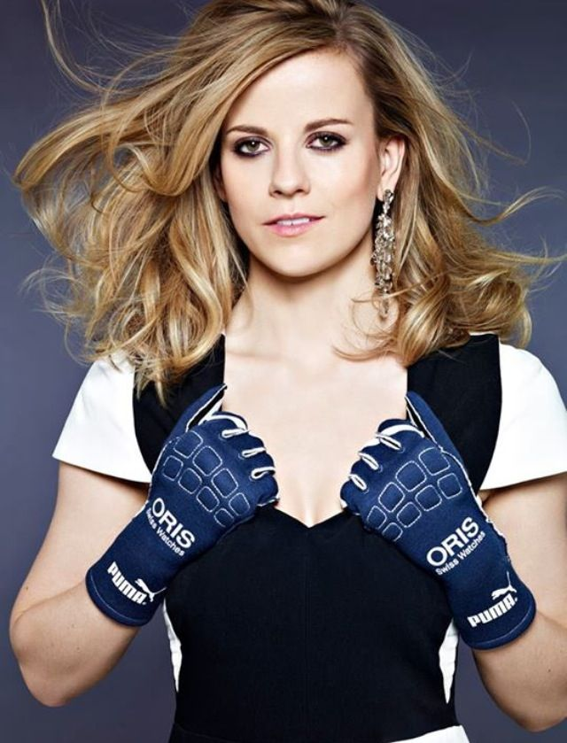 Serious Formula 1 eye candy. Susie Wolff of Williams F1. Amazing woman. Surely she will get the title of Dame one day.