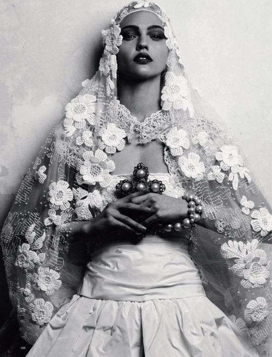 Sasha Pivovarova Photographed By Her Husband Igor Vishnyakov For Harper S Bazaar Russia June 2009