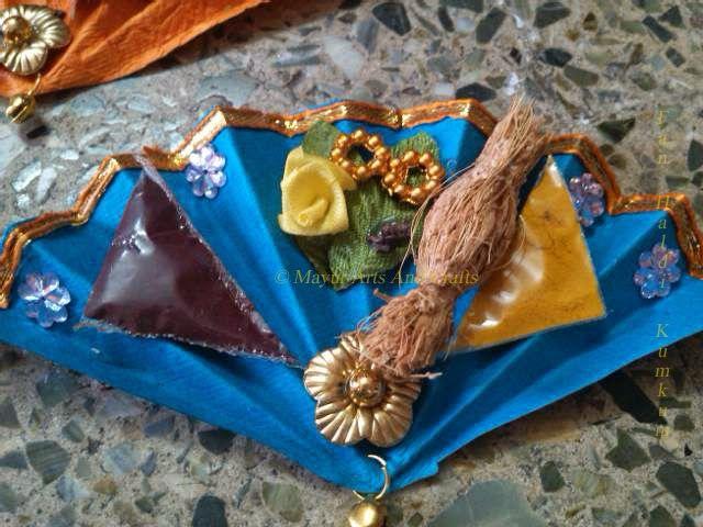 Mayur Arts & Crafts   : Fan Manjal Kumkum
