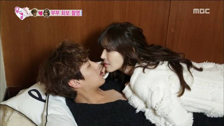 Things heat up between Kim So Yeon and Kwak Si Yang on 'We Got Married' | http://www.allkpop.com/article/2016/01/things-heat-up-between-kim-so-yeon-and-kwak-si-yang-on-we-got-married