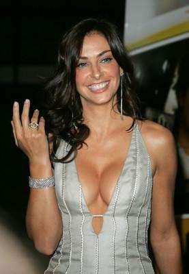 NASCAR Hottest Wives | ALL LEFT TURNS | Pinterest | Photos ...: https://www.pinterest.com/pin/413909021975106203/