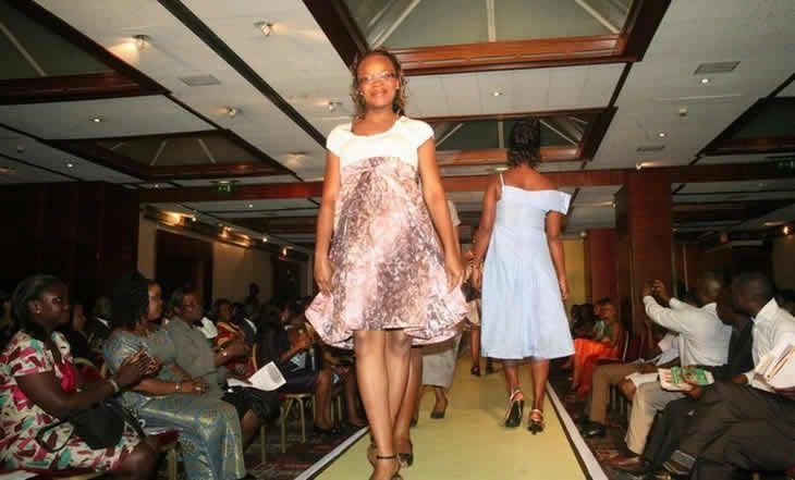 """Cote d'Ivoire - Mode: lancement de la 2ème édition de """"Maman Fashion"""" à Abidjan - 14/12/2014 - http://www.camerpost.com/cote-divoire-mode-lancement-de-la-2eme-edition-de-maman-fashion-a-abidjan-14122014/?utm_source=PN&utm_medium=CAMER+POST&utm_campaign=SNAP%2Bfrom%2BCamer+Post"""