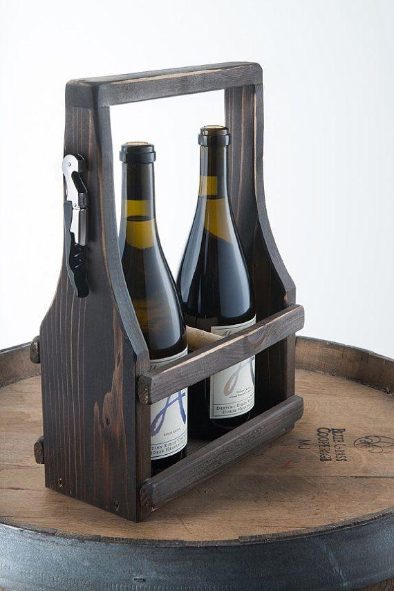 Portador de vino artesanal totalizador del vino madera cedro reciclada reutilizada madera café oscura mancha con una curva suave