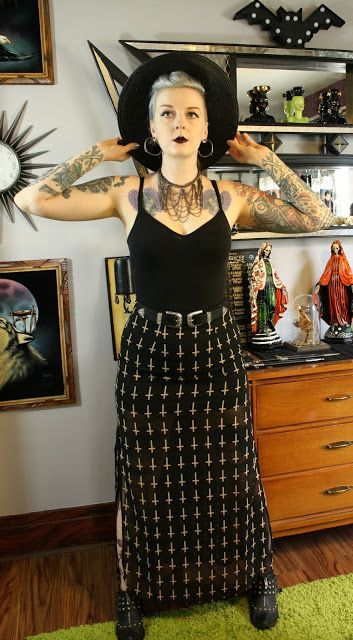 Coffin Kitsch: Trying to Beat the Summer Heat with Tobi #goth #blogger #outfit…