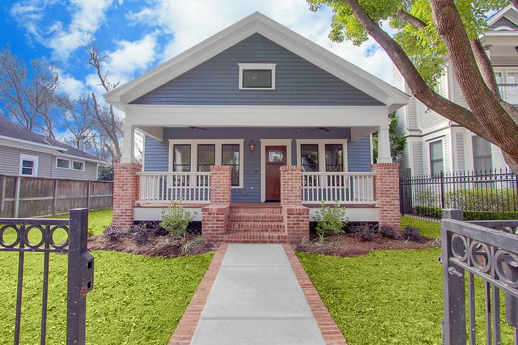 15 best curb appeal images on pinterest houston heights for Craftsman home builders houston