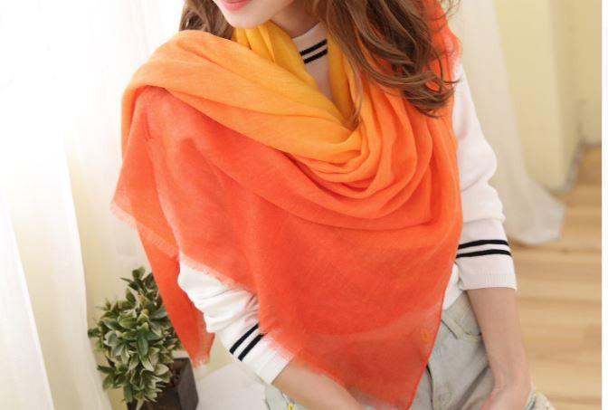 Nádherná dámská šála dvoubarevná – barevný přechod oranžové a žluté – SLEVA 50 % + POŠTOVNÉ ZDARMA Na tento produkt se vztahuje nejen zajímavá sleva, ale také poštovné zdarma! Využij této výhodné nabídky a ušetři …