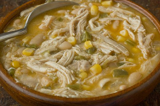 Disappearing Crock Pot White Chicken Chili - Perpetually Daydreaming