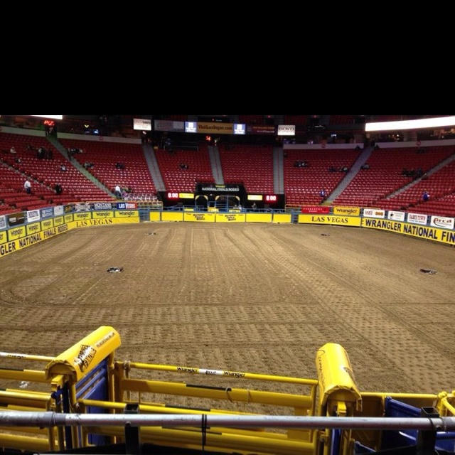 Wrangler National Finals. Thomas and Mack Center. Las Vegas, Nevada. Someday, I shall be there!