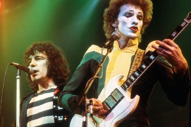 Sensational Alex Harvey Band perform in London, 1975 / Photo by Michael Putland/Getty