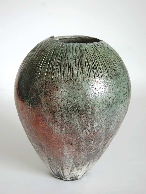 Junction Art Gallery - Stephen Murfitt 'Pink Textured Vessel' http://www.junctionartgallery.co.uk/artists/ceramics/stephen-murfitt