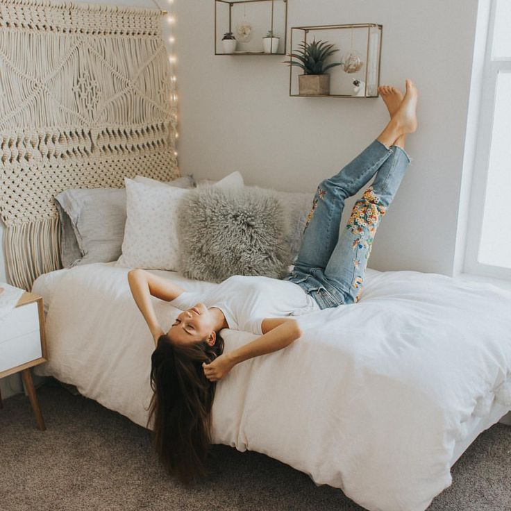 White Dorm Room Decor Ideas Boho Chic College Girls