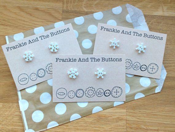 Snowflake earrings mismatch hypoallergenic by FrankieAndTheButtons