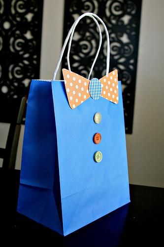 DIY Fathers Day Bow Tie Gift Bag