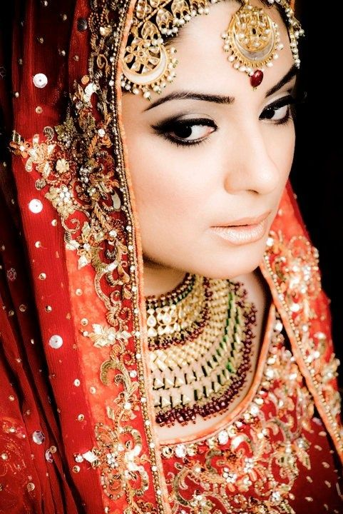 Indian Wedding Jewelry #red #gold #makeup #bridal