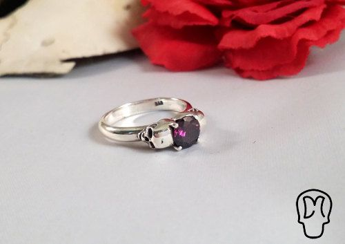 Sterling Silver Skull Ring Engagement Ring  Memento by DMJewels, €99.00