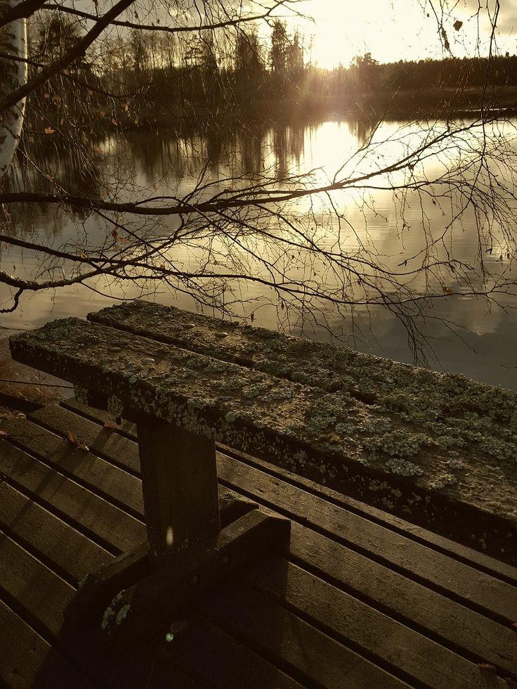 Meri, ajanpatinaa, seascape, old bench