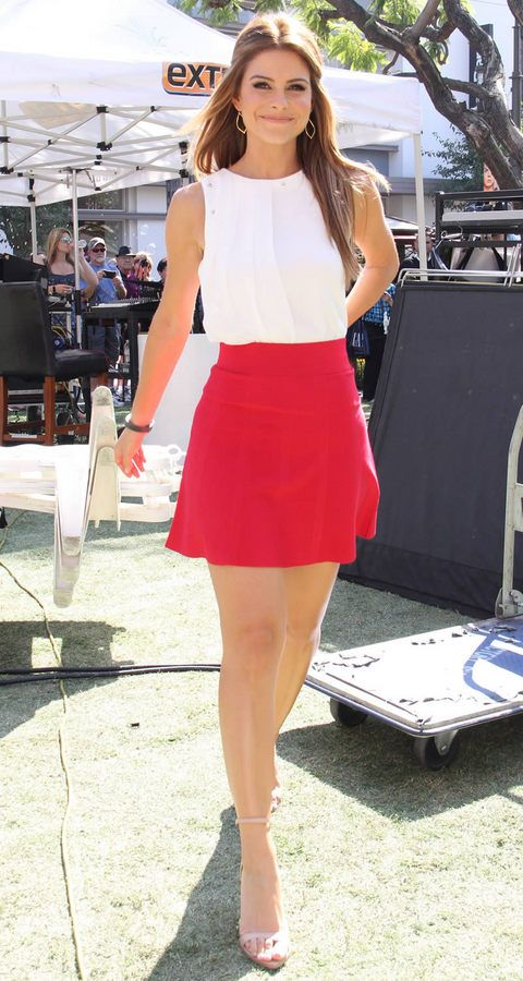 love pretty much all Maria Menounos outfits - red and white summer casual dress