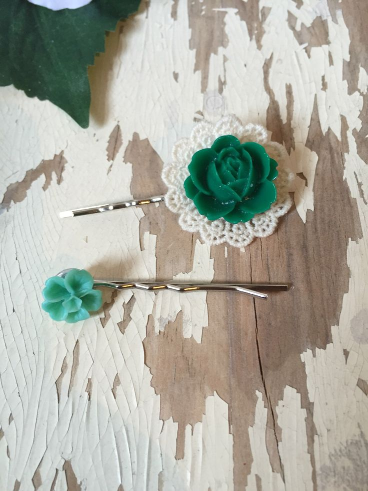 Shades of Green Bobby Pins 2 Pack by SunshinePieCreations on Etsy https://www.etsy.com/listing/260484997/shades-of-green-bobby-pins-2-pack