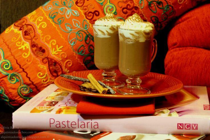 Cacau quente com Café, Canela e Baunilha
