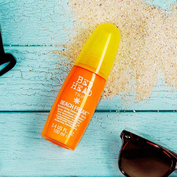 """""""The beach is back"""" grazie a Beach Freak e Beach Bound, due prodotti della linea solari protagonisti del contest Bed Head che oltre a idratare e aiutare a districare i capelli li proteggono. #thebeachisback #TIGI"""