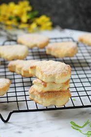 pulchniutkie ciasteczka wielkanocne, ciastka wielkanocne, na Wielkanoc, grubiutkie, grube, puchate, na twarogu, z twarogiem, z twarożkiem, z cukrem waniliowym, z cukrem wanilinowym, cytrynowe, cytryna, waniliowe, w cukrze,