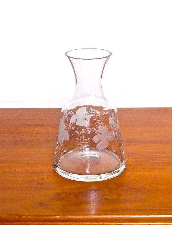 Vintage  Mid Century Grapevine Design Clear Etched Glass