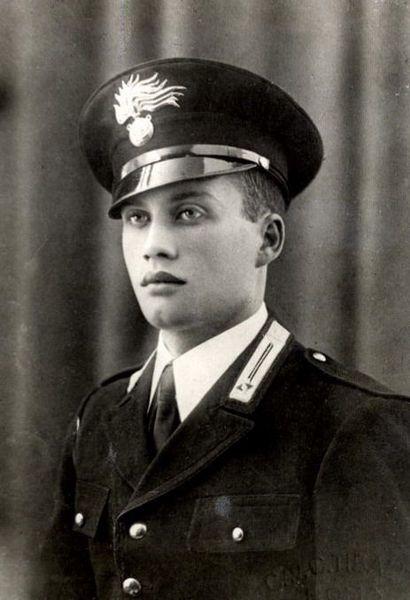 Salvo D'Acquisto, Medaglia d'oro al valore militare, 1943