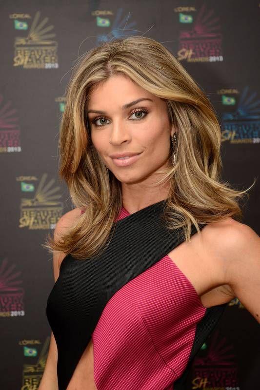 Qual atriz mais gata da #globo? http://wnli.st/1MSCxup #GraziMassafera